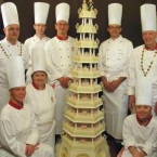 The Danish Crown Prince and Mary Elizabeth Donaldson didn't leave their guests go hungry with this 10-tier monstrosity. Remember, if you can reach to cut the top tier, it's a cake fail.