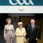 President McAleese, Queen Elizabeth the second and Association chief Christy Cooney on the sidelines. <span class=
