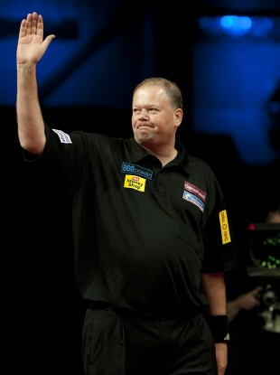 Van Barneveld was heavy favourite to progress past Richardson.