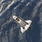 Discovery photographed from the ISS in July 2006. (Image: NASA)