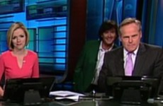 Bubba Watson wandered onto a TV set and photo-bombed the news anchor