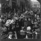 The venders' harvest day at a market in Cork, 1905. (Library of Congress, Prints & Photographs Division)