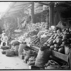 Vegetable stands in Mercado Tocon, circa 1904. (Library of Congress, Prints & Photographs Division)