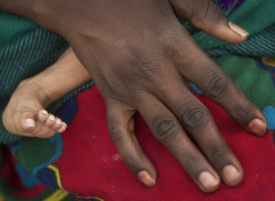 File: A mother and her child in Niger