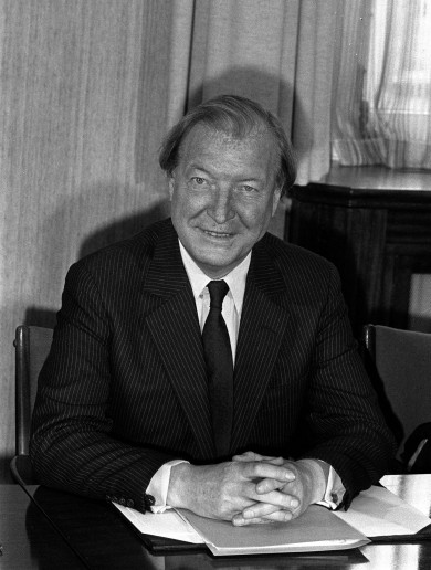 Letter from an Irish housewife to Charlie Haughey