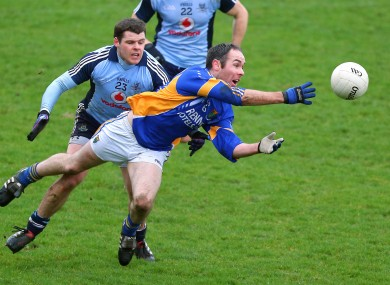 Wicklow's Pat McWalter and Kevin McManamon of Dublin