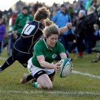 Alison Miller scores her first try of the game.  ©INPHO/Dan Sheridan