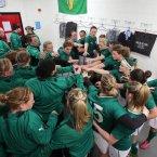Ireland's pre-match team huddle. ©INPHO/Dan Sheridan