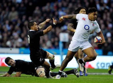 Tuilagi leaves Richie McCaw and Aaron Smith in his wake.