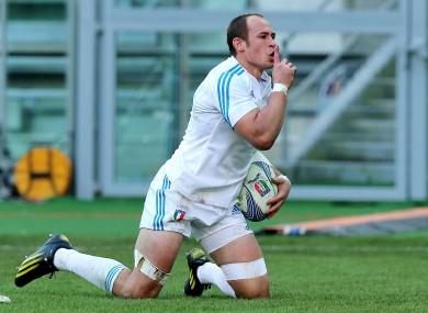 Italy's Sergio Parisse celebrates his try.