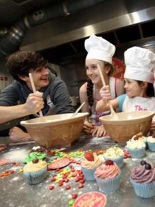 Donal Skehan with, from left to right, patients, Michaela Rynne and Niamh Flannelly-Costello