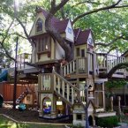 More like tree-mansion than tree-house. (Image: James Curvan/Pinterest)