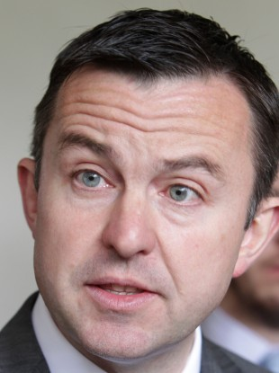 Hayes said that unions who reject the new deal will will lose out as a consequence.