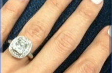 Husband sells $23,000 wedding ring for a tenner