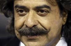 Pakistani billionaire Khan agrees to buy Fulham