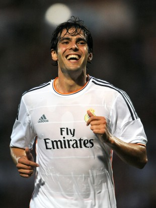 Kaká looks delighted with his move back to Milan.