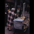 Hot sweet potatoes cart (1942)<span class=