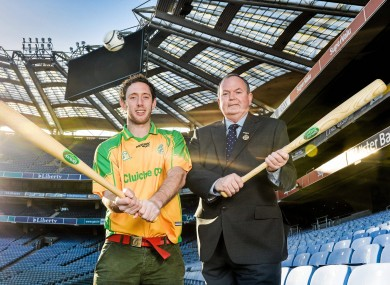 Kilkenny hurler Michael Fennelly and GAA President Liam O'Neill at the launch of the Rounders Strategy Plan.