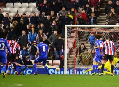 Sunderland's Sung-Yeung Ki (left) scores his team's second goal of the game in extra-time.