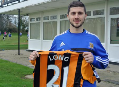 Shane Long with his new jersey.