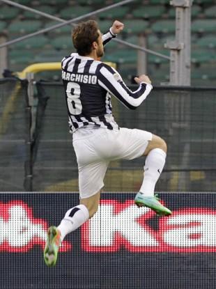 Claudio Marchisio celebrates his goal against Caliagri.