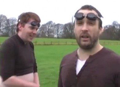Keith Walsh (R) with Bernard O'Shea, filming for i105-107 in 2008.