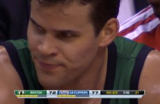 Blake Griffin destroyed Kris Humphries with this monster dunk