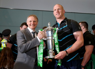 Joe Schmidt and Paul O'Connell with the Six Nations trophy.