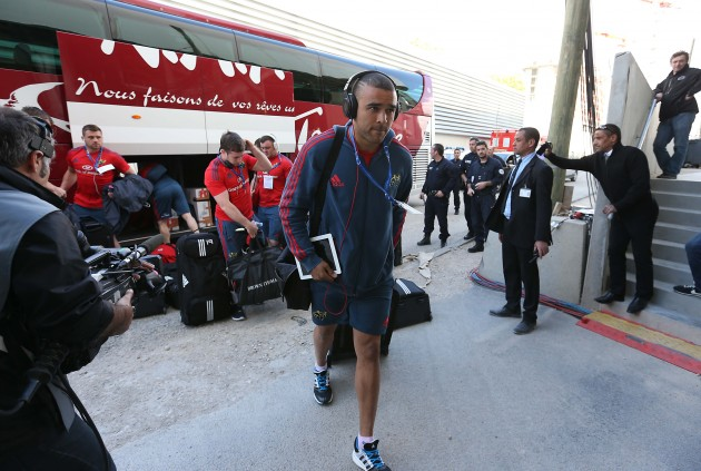 Simon Zebo arrives