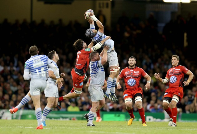 Juan Martin Fernandez Lobbe gets a yellow card after pulling down Alistair Hargreaves in the air