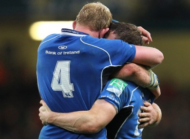 Cullen embraces O'Driscoll after the 2011 Heineken Cup triumph.