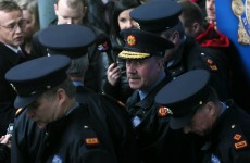 How are senior gardaí appointed and removed from their jobs?