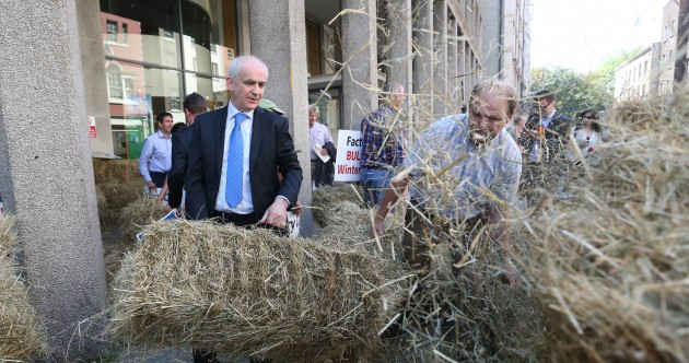 Farmers: We'll keep haystacks piled at the Minister's door until we get answers
