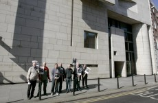Strike action at National Gallery called off