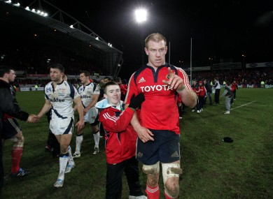 Paul O'Connell leaves the field after Munster beat Sale in 2009.