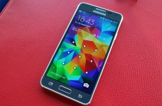 Review: Is this the premium device Samsung has been looking for?