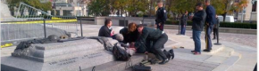 Gunman on the loose after soldier shot outside Canadian parliament