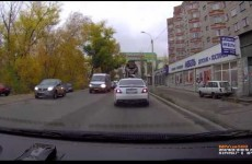 Here's the no-messin' way they fill sinkholes in Russia