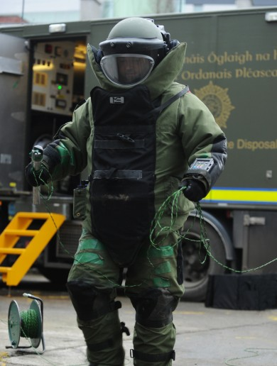 Houses evacuated in Cork after homemade bomb is found
