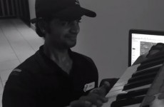 Guys order pizza, convince delivery man to collaborate on a dance track with them