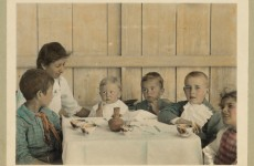 Open thread: What is your top tip for getting the family involved in mealtimes?