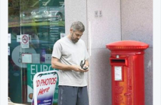 It looks like that picture of George Clooney in Northern Ireland is photoshopped
