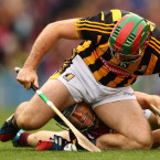 Cyril Donnellan puts his head where most wouldn't put their hurley.<span class=