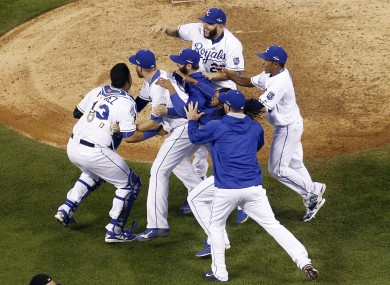 The Royals take a 1-0 lead in the World Series