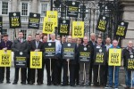 Gardaí vote overwhelmingly in favour of industrial action over pay