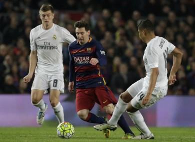 Leo Messi with Toni Kroos and Casemiro last season.