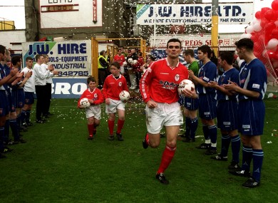 Scully leading league champions Shelbourne out as captain at Tolka Park.