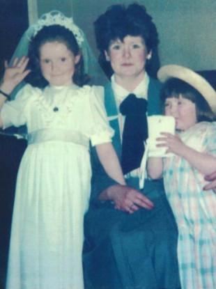 (l to r) Mary Ellen Byrne, her mother Elizabeth, Kerrie Ann Byrne