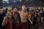 Nainggolan stunner proves decisive as Roma defeat city rivals Lazio