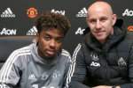 Man United's brightest young prospect signs his first professional contract